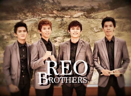 z_REO-Brothers-Bee-Gees.jpg
